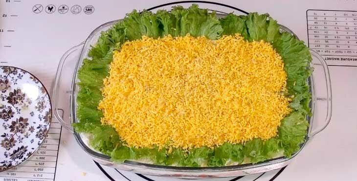 Классический рецепт салат мимоза со сливочным маслом