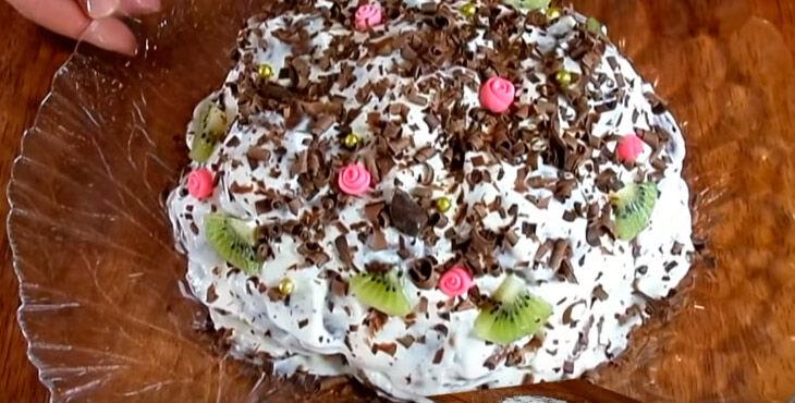 Торт без выпечки из пряников и зефира