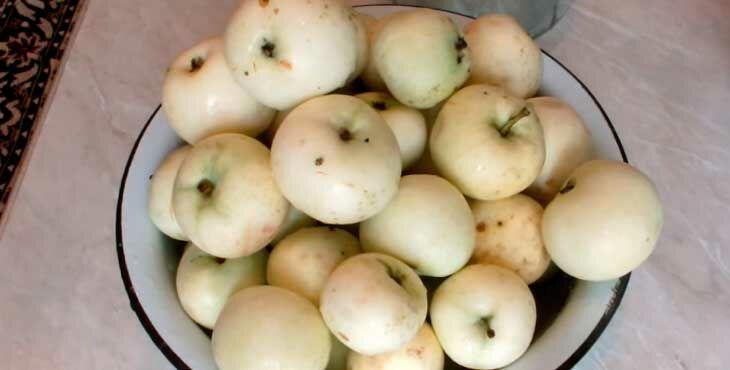 Как приготовить компот на зиму из яблок
