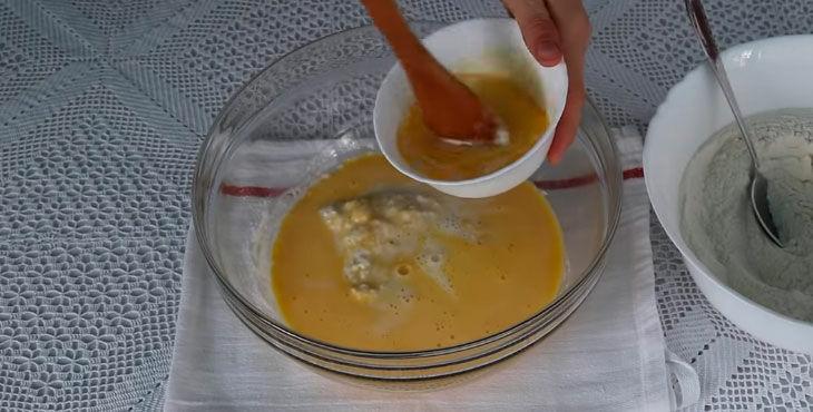 Как испечь пирожки с яблоками в духовке